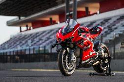 2020-Ducati-Superleggera-V4-37