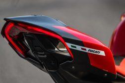 2020-Ducati-Superleggera-V4-47