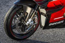 2020-Ducati-Superleggera-V4-53