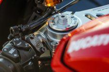 2020-Ducati-Superleggera-V4-55