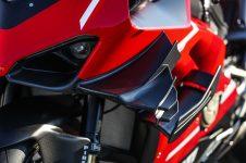 2020-Ducati-Superleggera-V4-66
