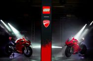 Ducati-Panigale-V4-R-lego-build-13