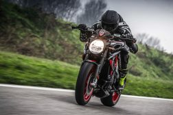 2021-MV-Agusta-Dragster-800-RC-SCS-02