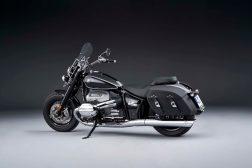 2021-BMW-R18-Classic-25
