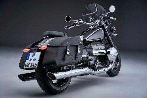 2021-BMW-R18-Classic-31