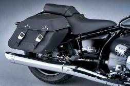 2021-BMW-R18-Classic-42