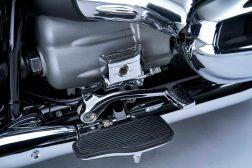 2021-BMW-R18-Classic-46
