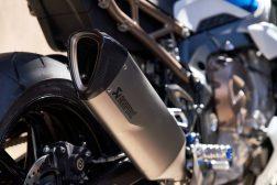 2021-BMW-S1000R-17
