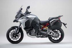 2021-Ducati-Multistrada-V4-S-43