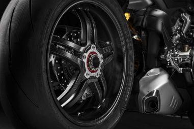 2021-Ducati-Panigale-V4-SP-20