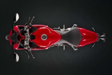 2021-Ducati-SuperSport-950-S-04