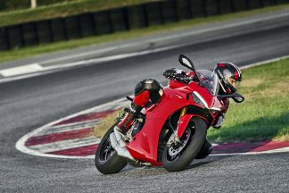 2021-Ducati-SuperSport-950-S-80