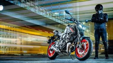 2021-Yamaha-MT-07-Europe-28