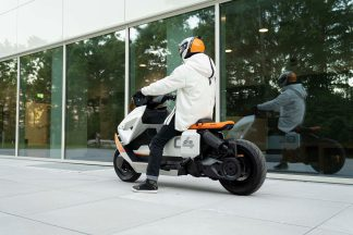 BMW-Motorrad-Definition-CE-04-10