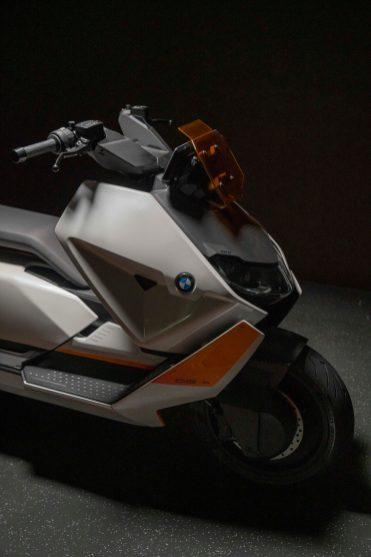 BMW-Motorrad-Definition-CE-04-28