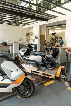 BMW-Motorrad-Definition-CE-04-76