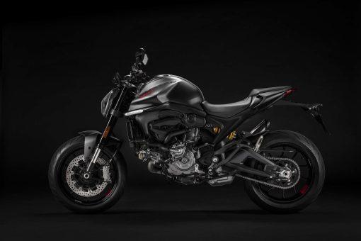 2021-Ducati-Monster-01