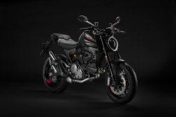 2021-Ducati-Monster-02
