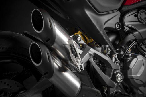 2021-Ducati-Monster-Plus-12