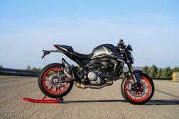 2021-Ducati-Monster-Plus-62