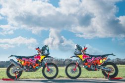 2021-KTM-450-Rally-17