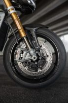 2021-Triumph-Speed-Triple-1200-RS-02