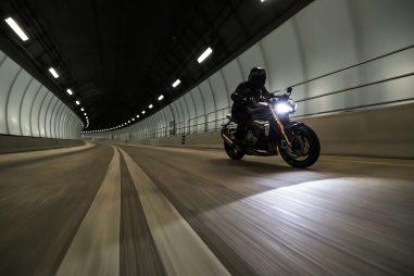 2021-Triumph-Speed-Triple-1200-RS-11