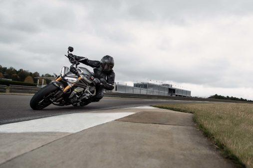 2021-Triumph-Speed-Triple-1200-RS-20