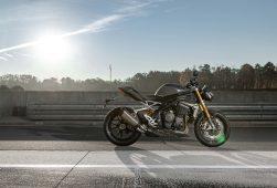 2021-Triumph-Speed-Triple-1200-RS-32