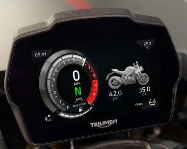 2021-Triumph-Speed-Triple-1200-RS-59