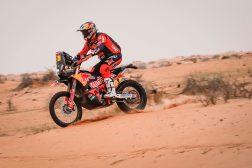 Toby-Price-Zip-tie-Dakar-Rally-KTM-07