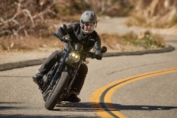 Honda-Rebel-1100-action-14