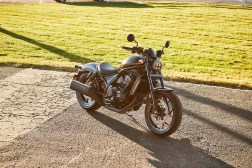 Honda-Rebel-1100-black-28