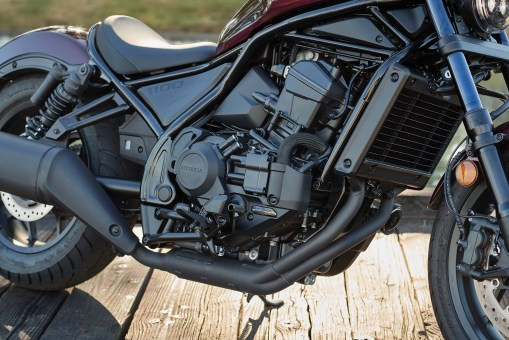 Honda-Rebel-1100-details-15
