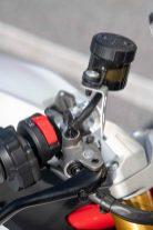 2021-Ducati-SuperSport-950-13