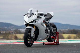 2021-Ducati-SuperSport-950-35