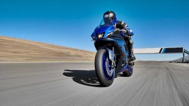2022-Yamaha-YZF-R7-europe-02