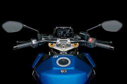 2022-Suzuki-GSX-S1000-21