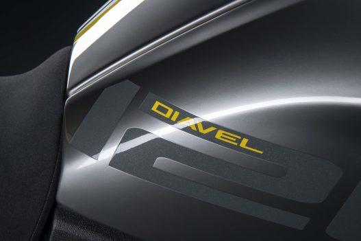 Ducati-Diavel-1260-S-Black-and-Steel-17