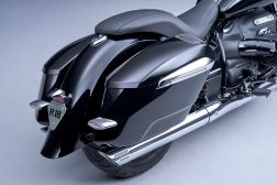 2022-BMW-R18-B-12