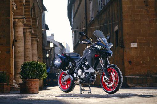 2022-Ducati-Multistrada-V2-09