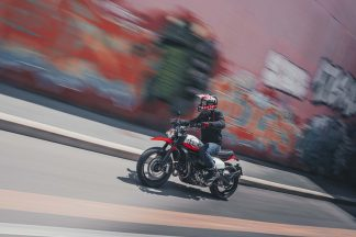 Ducati-Scrambler-Urban-Motard-34