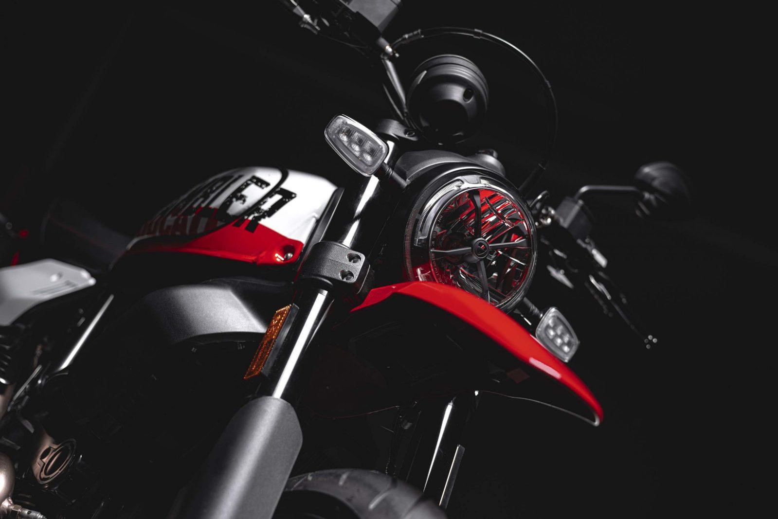 Ducati Scrambler Urban Motard Adds 17″ Wheels to the Lineup