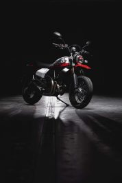 Ducati-Scrambler-Urban-Motard-54