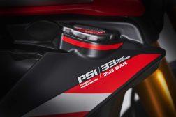 MV-Agusta-Brutale-1000-Nurburgring-details-10