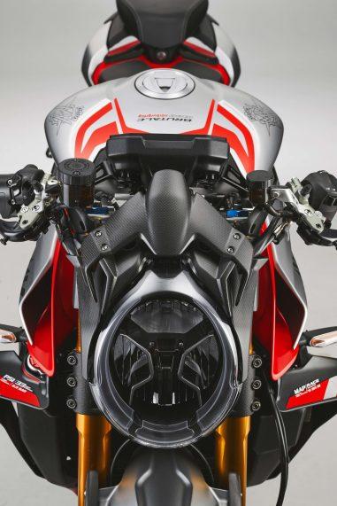 MV-Agusta-Brutale-1000-Nurburgring-details-32