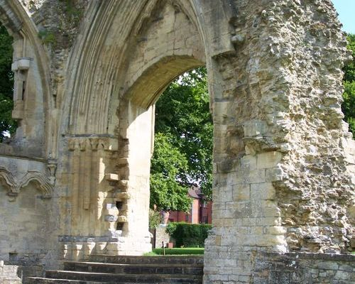 Beautiful architecture ruins in Glastonbury