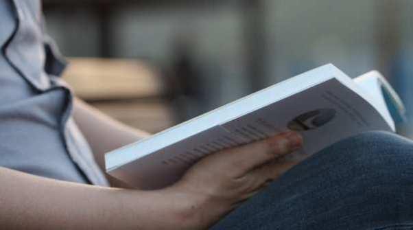 Sperimentalismo: la comunicazione tra diverse lingue in un unico romanzo