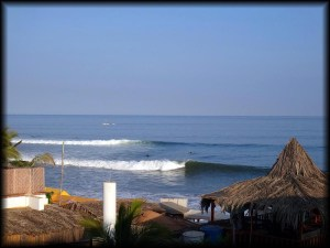 mancora waves