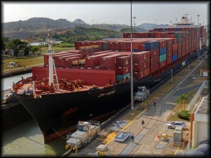 panama canal ship photo